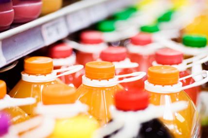 """""""Taxe sodas"""" : Les français sont-ils de gros consommateurs de boissons """"sucrées"""" ?"""