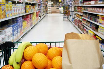 快速消费品销售增长再次放缓,主要零售商份额遭到侵蚀