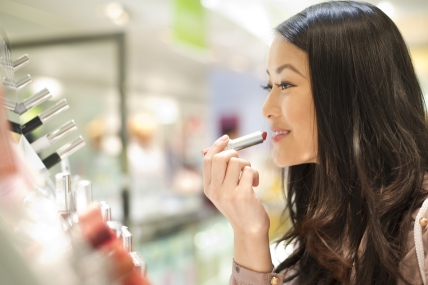 Taiwan's cosmetic market is facing declining sales, what is contributing to this trend?