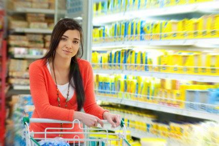 Brasileños retoman el hábito de ir de compras al mes