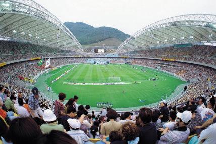En 9 de los 10 países de Latinoamérica el deporte favorito es el futbol.