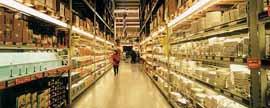 快速消费品二季度下滑企稳,本土零售商继续扩大市场份额
