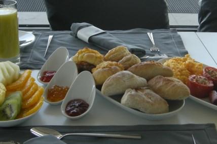 O pequeno-almoço está a sair de casa?