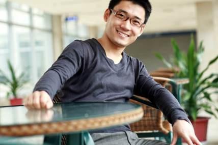 粉刺、牙齒顏色以及油性肌膚是台灣男性的三大困擾