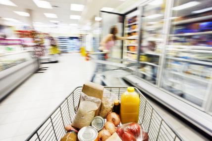 Retoma do consumo n�o atinge o FMCG