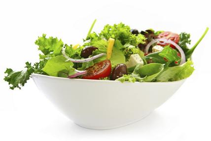Adelantamos la hora de las comidas y simplificamos los menús pero el plato más consumido sigue siendo la ensalada