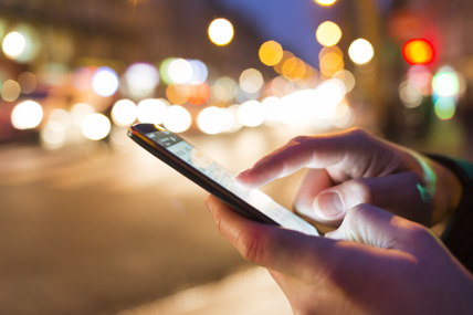 """Android mostró un crecimiento constante en Estados Unidos y los """"EU5"""" dónde alcanzó 59 y 71 por ciento respectivamente."""