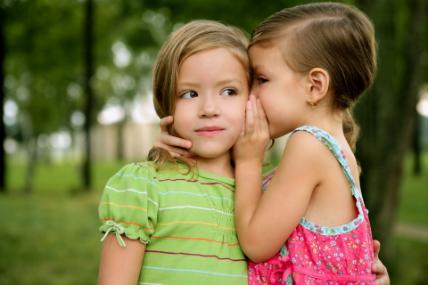 Mientras que los hogares con niños prefieren optar por las grandes superficies para resolver sus compras, los hogares sin niños elijen los canales de cercanía.