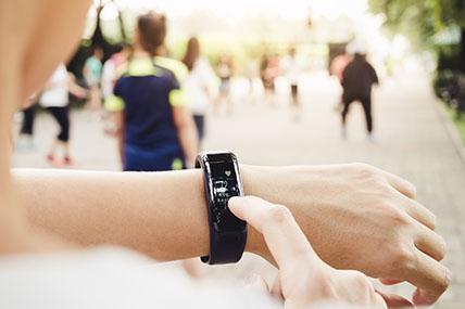 Las ventas de Fitness Bands superaron a las de Smartwatches en 2016.