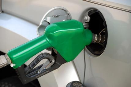El año empezó con un incremento en el precio de la gasolina, ¿qué acciones tomarán los mexicanos?