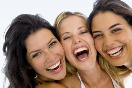 82% de los argentinos celebrará el día del amigo