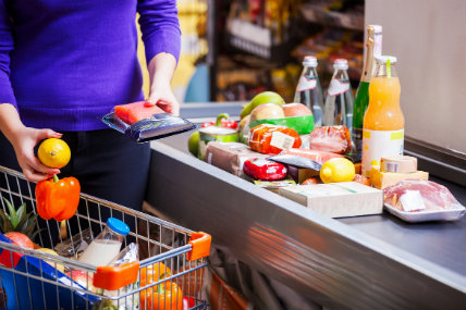 De acuerdo a Kantar Worldpanel, el consumo masivo dentro del hogar tuvo un desarrollo del 6% para el primer semestre del año.