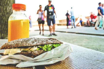 El 15% del gasto en bebidas y snacks realizado en cadenas de distribución se destina a consumo fuera del hogar