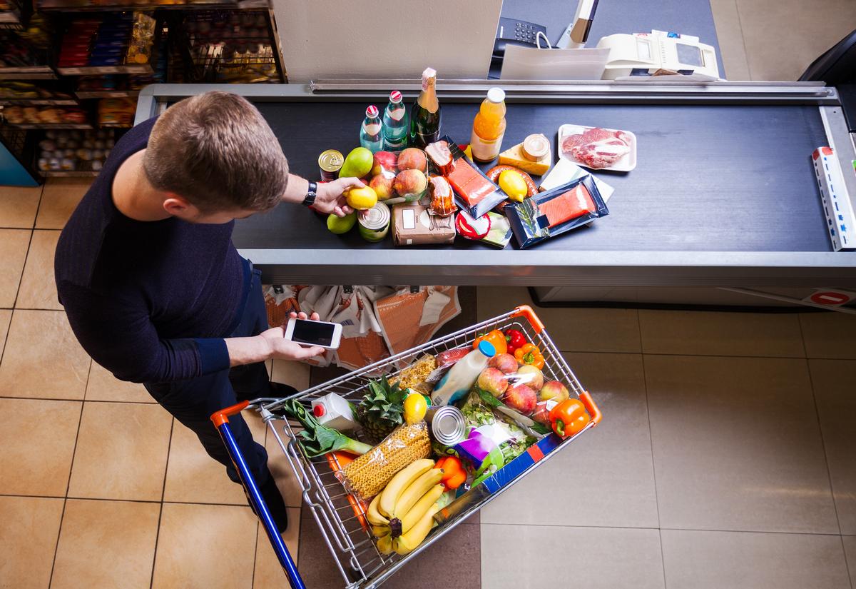 Queda da inflação impacta recuperação do consumo