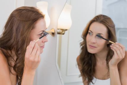 17% del gasto en maquillaje es destinado a máscara para pestañas