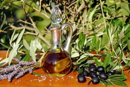 Conveniência do óleo desafia os benefícios do azeite
