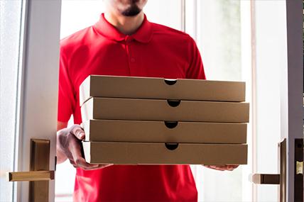 Just Eat y Glovo, las plataformas más usadas para pedir comida en casa o en el trabajo