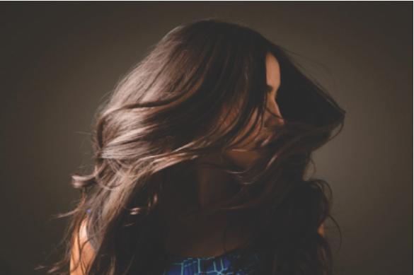Mercado de cabelos cresce e movimenta R$ 8 bi no Brasil