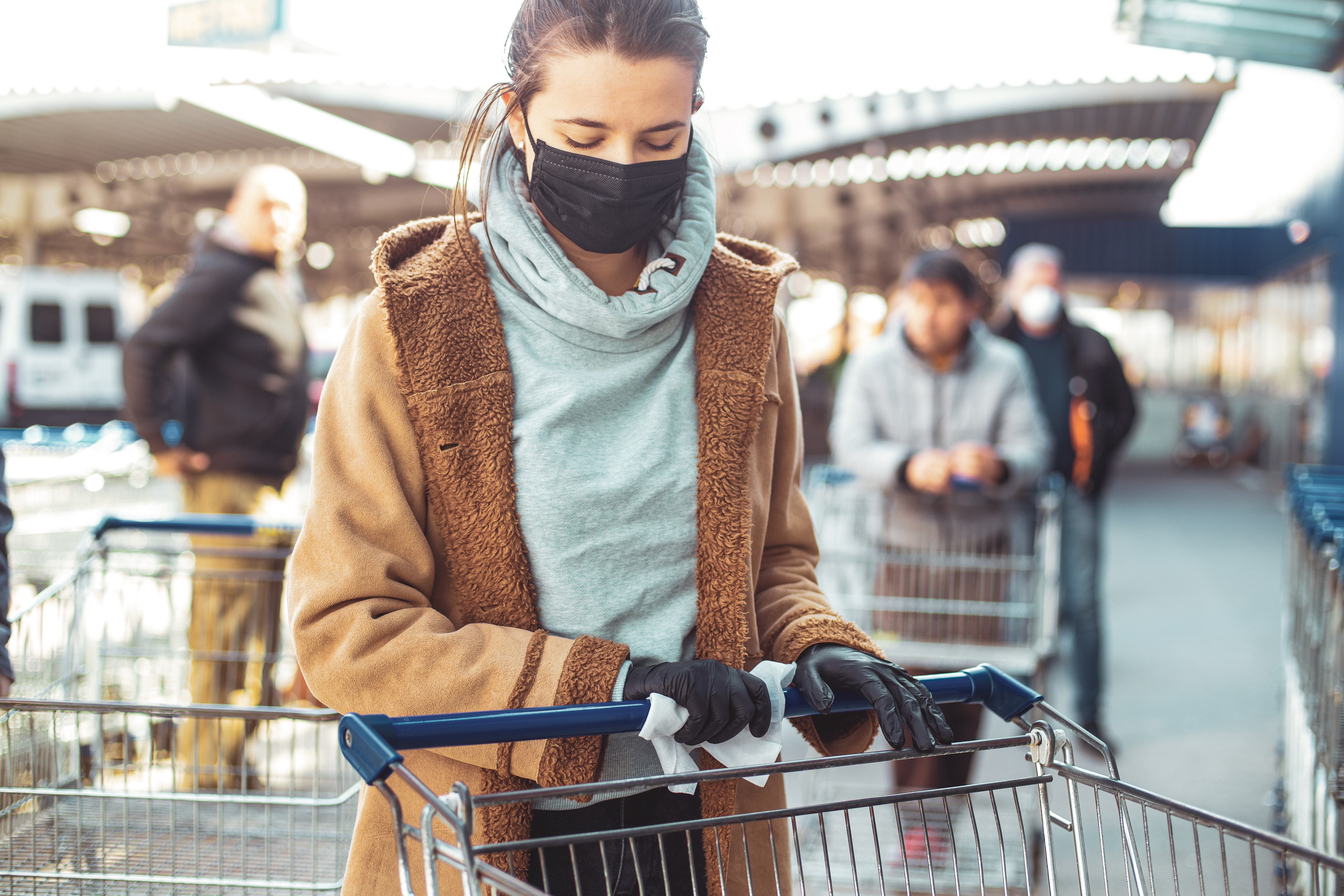 Como o COVID-19 impactou os hábitos de compra e consumo